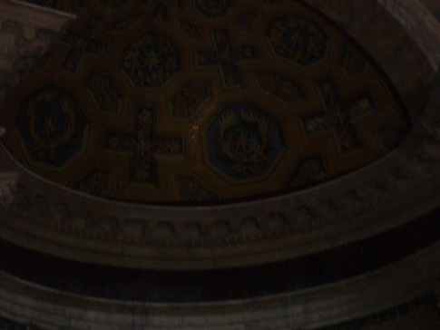 Apse decorated with golden mosaic
