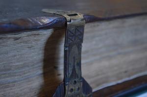 book-646642_1920