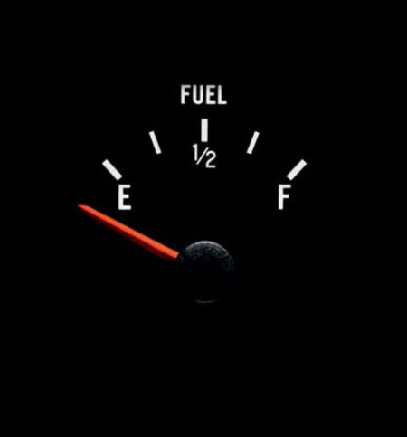 image of fuel gauge on empty