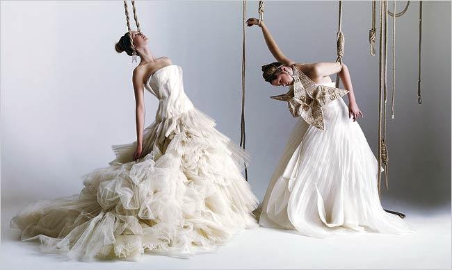 women-in-shackles