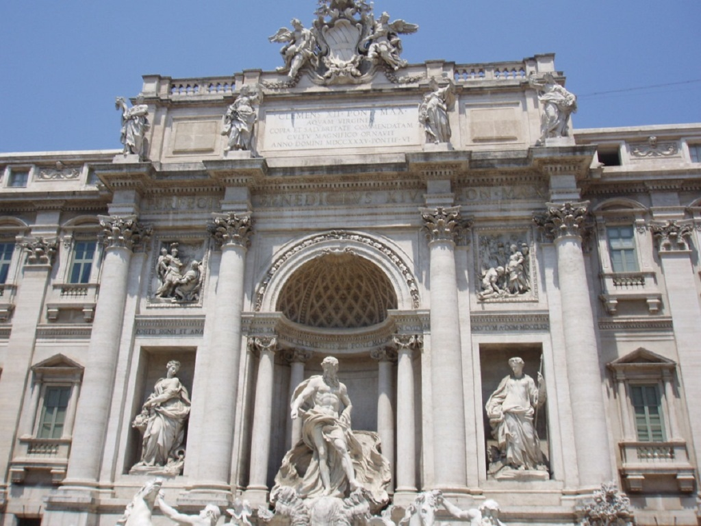 Trevi Fountain Display